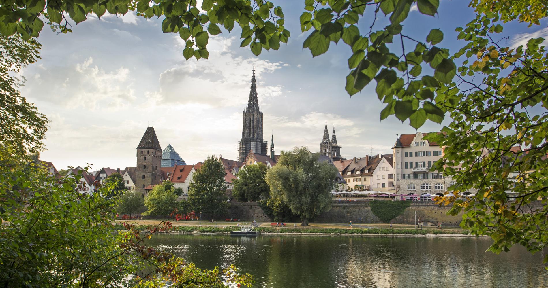 Mit 161,5 Metern ist das Ulmer Münster der höchste Kirchturm der Welt!