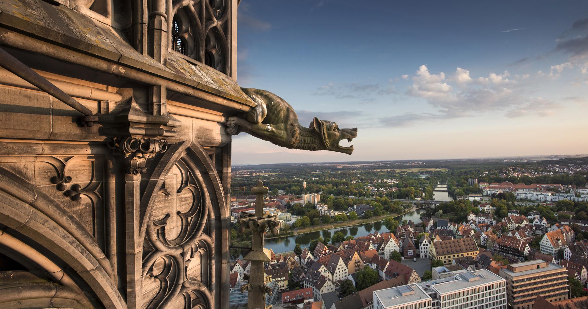 Der Ausblick vom höchsten Kirchturm der Welt, dem Ulmer Liebfrauenmünster.