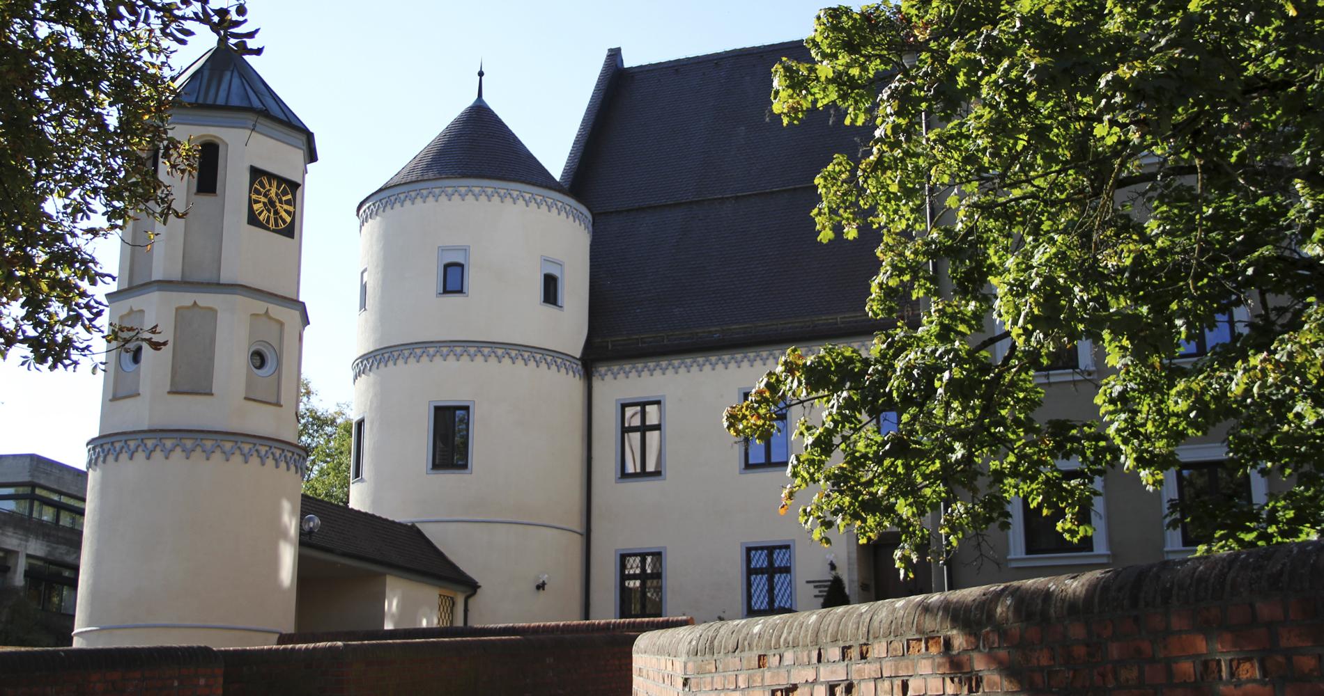 Das Rathhaus ist in Wertingen ein Schloss